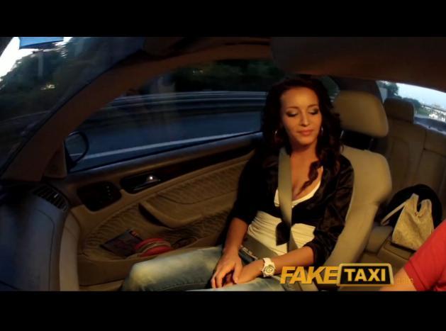 Rychlý prachy ala falešný taxík – Adele