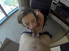 POV se sekretářkou