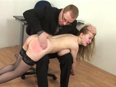 BDSM lekce pro sekretářku