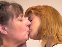 Lesbická show matka s dcerou