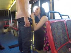 Rozdali si to přímo v autobuse