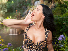 Katy Perry – Roar (porno klip)