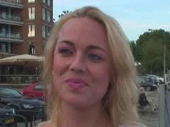 Sbalí a ošuká turistku v Amstrdamu