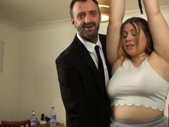 Makléř si dá sex s klientkou