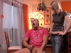 Českej perverzák dělá prasečiny