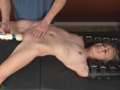 Extrémní BDSM mučení orgasmy