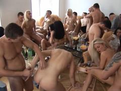 České porno – domácí orgie