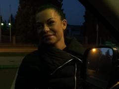 Český TakeVan – myje okna na benzínce