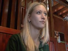 Sex za peníze s Českou servírkou