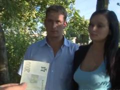 Česká píchačka za peníze v lese