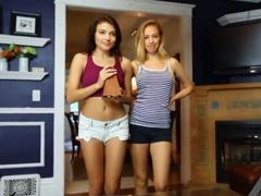 Chceš tyto dívky do trojky?