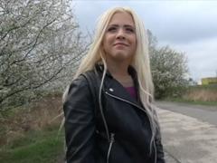 Rychlý prachy – studentka z Ruska