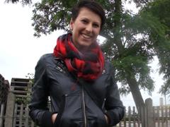 Česká dívka je nevěrná svému příteli