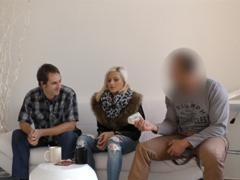 Český sex za peníze se snoubenkou