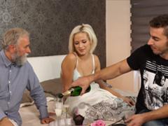 České porno – ojede synovi přítelkyni