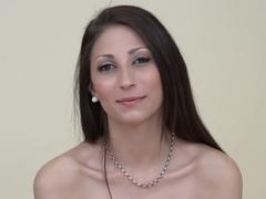 Česká amatérka Monika na castingu
