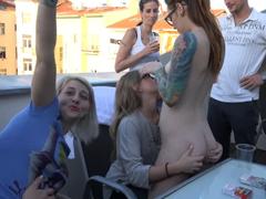 Česká domácí orgie na terase v Praze