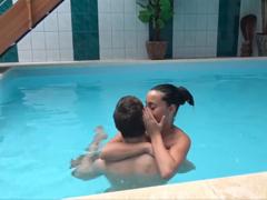 České porno – šukání na bazéně