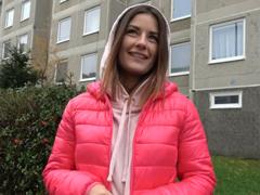 Rychlý prachy – žhavá brunetka Camilla