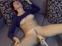 Relaxační orgasmy s šukacím strojem