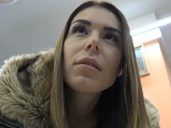 Česká zastavárna – dívka v nouzi