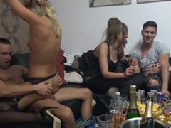 Česká domácí swingers párty – vánoční !