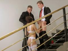 Svatební sex s ženichem a jeho svědkem