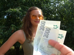 Rychlý prachy – Češka touží po penězích