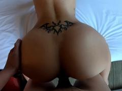 Zaplatil si asijskou kurvičku na sex