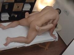 Czech Massage – Masér píchá klientku