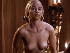 Daenerys Targaryen – Drago ji rozmrdá